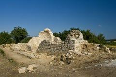 archeological crkvina nära lokalvranja Arkivbild
