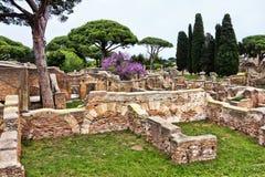 Archeologiczny Romański necropoli miejsce w Antycznym Ostia Obrazy Stock