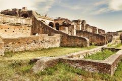Archeologisch Roman landschap in Ostia Antica - Rome royalty-vrije stock foto's