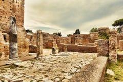 Archeologisch Roman landschap in Ostia Antica - Rome royalty-vrije stock afbeeldingen