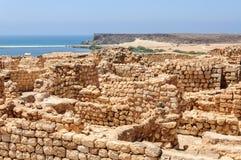 Archeologische plaats van Sumhuram, dichtbij Salalah, Dhofar-gebied (Om royalty-vrije stock afbeelding