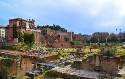 Archeologische uitgravingen in Rome. Stock Afbeeldingen