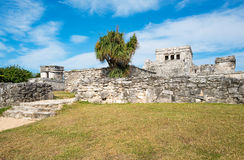 Archeology and nature of the Yukatan peninsula. Tulum, Mexico, the Castle & x28;El Castillo& x29; in the Mayan city archaeological site Stock Photography