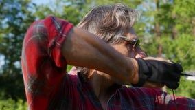 Archer nella foresta archivi video