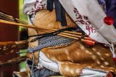 Archer van horseback boogschieten royalty-vrije stock afbeelding
