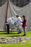 archers Affichage médiéval Warkworth, le Northumberland l'angleterre LE R-U photo libre de droits