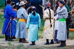 Archers de attente à la cérémonie d'ouverture de Nadaam Image libre de droits