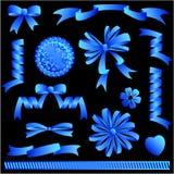 Archi del nastro blu, bandiere, abbellimenti Immagini Stock Libere da Diritti