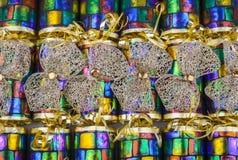 Archi dell'oro sui cracker tradizionali Fotografia Stock Libera da Diritti
