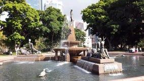 Archibald Fountain hist?rico, Hyde Park, Sydney, Australia almacen de metraje de vídeo