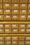 Archiefkasten in de bibliotheek Royalty-vrije Stock Foto