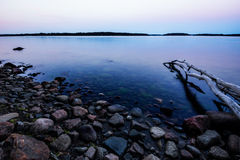 Archipiélago del mar Báltico en salida del sol Imágenes de archivo libres de regalías