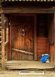 Architechture en bois de la Sibérie photographie stock libre de droits