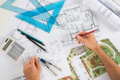 Architect With Blueprints Royalty Free Stock Images