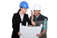 Architect  with a foreman Royalty Free Stock Images