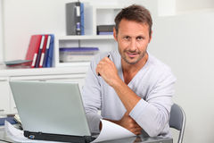 Architect in front of computer Royalty Free Stock Images