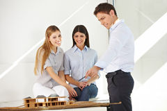 Architect guiding trainees Royalty Free Stock Photos