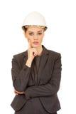 Architecten bedrijfsvrouw die witte helm dragen Stock Foto