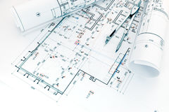 Architectenwerkplaats met projectplannen en tekeningskompas Royalty-vrije Stock Foto's