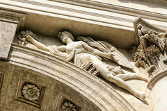 Architectonisch detail van Rejstna-het buiding met het standbeeld van naakte dame royalty-vrije stock foto