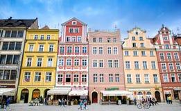 Architectue του τετραγώνου αγοράς σε Wroclaw, Πολωνία Το Wroclaw είναι η ιστορική πρωτεύουσα της Σιλεσίας και της χαμηλότερης Σιλ Στοκ Φωτογραφίες