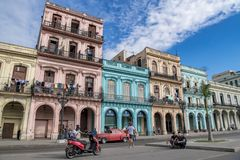 Architectur colonial colorido, Havana, Cuba imagem de stock royalty free