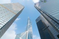 Architectura 3 небоскребов современное архитектурноакустически различное стоковые фото
