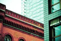 architecturaal contrast, Berlijn Stock Afbeeldingen