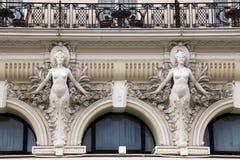 Architecturaal Detail bij barokke stijlvoorgevel van de bouw Stock Fotografie