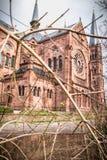 Architecturaal detail van de Johanneskirche-Kerk in Freiburg-im-Breisgau, Duitsland stock afbeeldingen