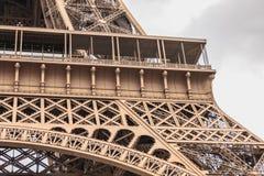 Architecturaal detail van de Toren van Eiffel in Parijs Stock Afbeelding