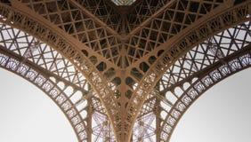 Architecturaal detail van de Toren van Eiffel in Parijs Royalty-vrije Stock Foto's