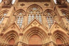Architecturaal detail van façade van Heilige Etienne Temple in M royalty-vrije stock afbeeldingen