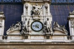 Architectural details. With sculptures and clock - Hotel de Ville, Paris Stock Photography