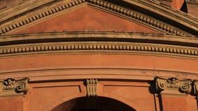 Architecturale details van de toren van San Luca stock videobeelden