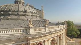 Architecturale details van Odessa Opera en de Bouw van het Ballettheater stock footage