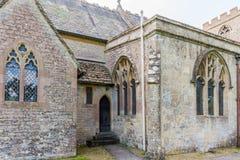 Architecturale elementen bij oude Engelse kerk Royalty-vrije Stock Afbeeldingen