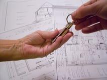 Architecturale plannen met sleutels Stock Foto's