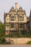 Architecturale structuur in Stratford, Engeland Stock Foto's