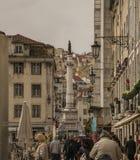 Architecture à Lisbonne, Portugal - rues et touristes photos libres de droits