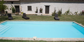 Architecture, beautiful villa with swimming pool, outdoors Stock Photography