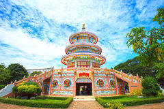 Architecture chinoise antique de ciel bleu : jardin Photo libre de droits