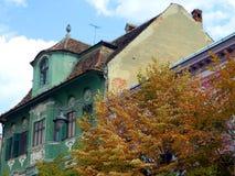 Architecture classique de maison à Sibiu, la Transylvanie Photo stock