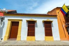 Architecture coloniale blanche à Carthagène Images stock