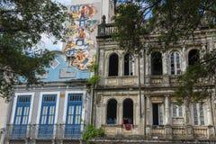 Architecture coloniale portugaise traditionnelle dans le sao Luis sur le Br?sil photos libres de droits