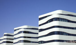 Architecture danoise moderne au port de Tuborg Photo stock
