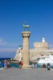 Architecture de bâtiments historiques de l'Europe de voyage de ciel bleu de la Grèce Rhodos Image stock
