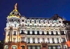 Architecture de rue de Gran Via la nuit, Madrid, Espagne photo libre de droits