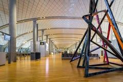 Architecture de terminal de départ d'aéroport international d'Oslo Gardermoen Images stock