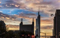 Architecture et coucher du soleil urbains modernes Photographie stock